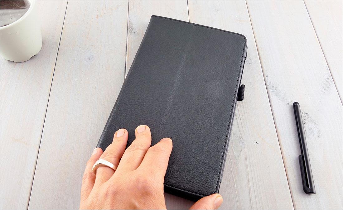 Eleganckie i wielofunkcyjne etui na tablet